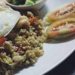 Indonesische Nasi Goreng met Komkommer